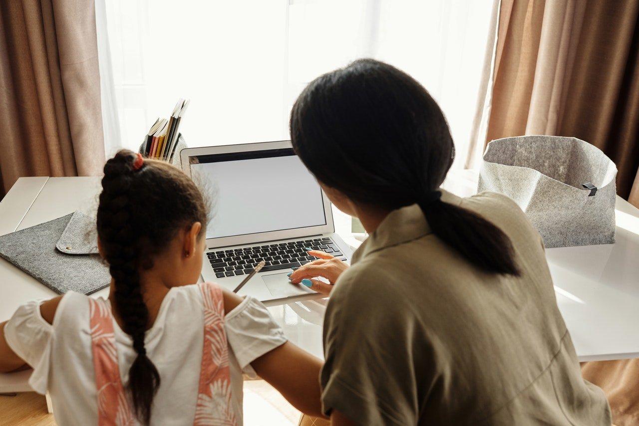 Genitori e compiti a casa: una guida tra supporto e autonomia